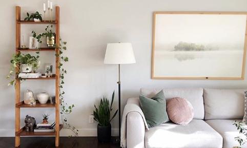 Estante escada: como usar o móvel a seu favor na decoração